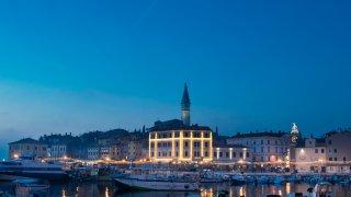 marché de noël rovinj - croatie europe terra balka
