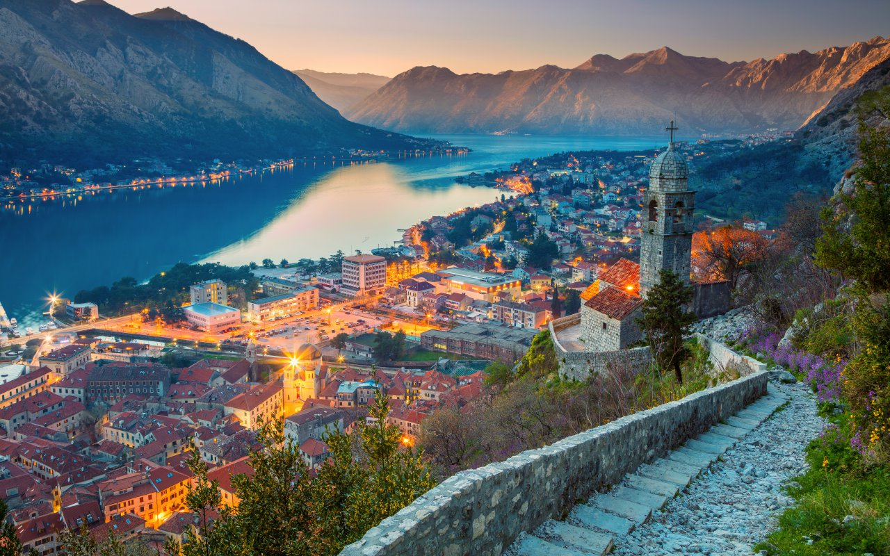 Kotor - Circuits Montenegro europe - faillite montenegro airlines
