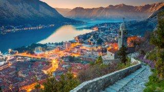 Faillite de Montenegro Airlines : quelles sont les alternatives pour se rendre au Monténégro cet été ?