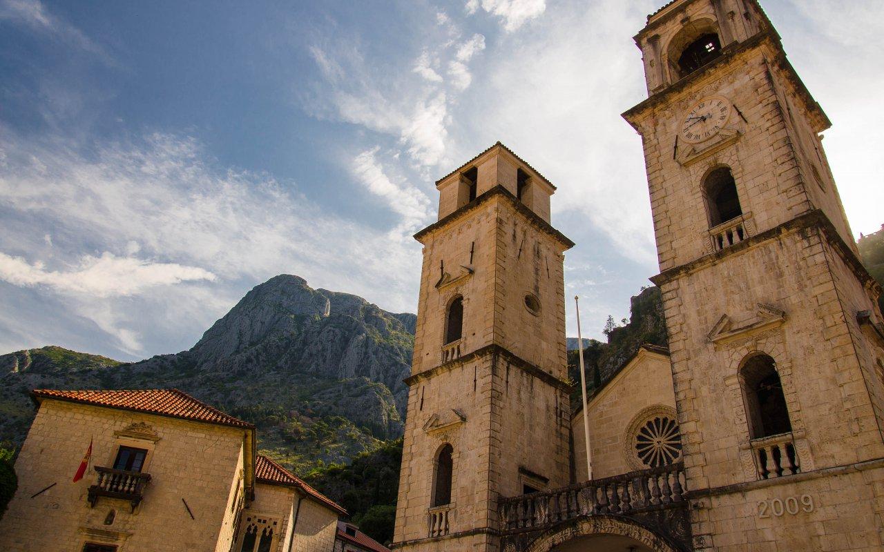 Cathédrale Saint-Tryphon, à Kotor au Monténégro sites unesco