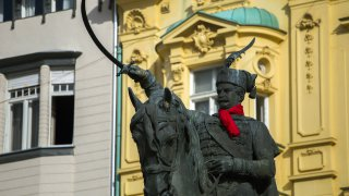 fun fact croatie atypique cravate tie Zagreb - Terra Balka voyages Croatie