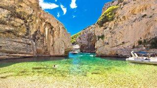 Ile de vis stivina baie - Circuits sur mesure Croatie Europe