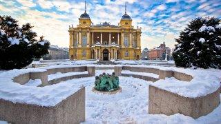 Le théâtre National de Zagreb en Hiver, Croatie