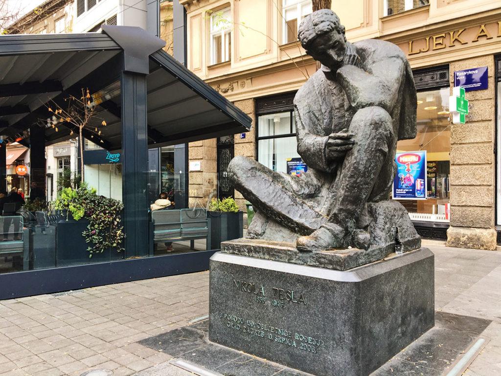 Statue de Nicolas Tesla - Croatie Zagreb