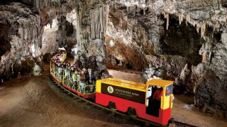 grottes de postojna - vacances famille slovenie terra balka